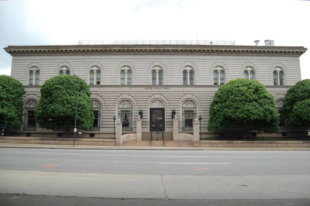 Von der Prüfanstalt zum Großproduzenten – die Münzstätte von Denver